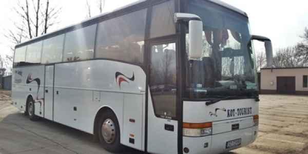 autokar do przewozu osób w kraju i za granicą